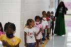 Ngày càng có nhiều trẻ em Mỹ mắc COVID-19