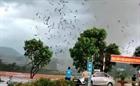 Vĩnh Phúc: Lốc lớn làm sập nhà xưởng, 3 người tử vong