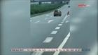 Ô tô đi lùi trên cao tốc Thái Nguyên