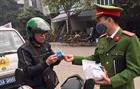 Quảng Nam ra quân tuyên truyền, xử phạt người dân không đeo khẩu trang nơi công cộng