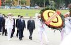 Lãnh đạo Đảng, Nhà nước, Đảng uỷ Công an Trung ương, Bộ Công an vào Lăng viếng Chủ tịch Hồ Chí Minh