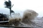 Áp thấp nhiệt đới mạnh lên thành bão tiến vào biển Đông