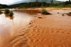 Mỏ vàng Bồng Miêu xả thải ra sông gây ô nhiễm nặng