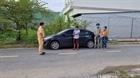 Bắt xe ôtô chở thuê người từ vùng dịch TP.HCM về quê