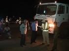 Va chạm xe chở xăng, 2 thanh niên đi xe máy tử vong