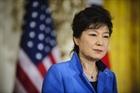 Hàn Quốc hoãn thẩm vấn Tổng thống Park Geun-hye