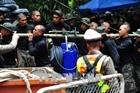 Tranh khổng lồ mừng chiến dịch giải cứu đội bóng thiếu niên Thái Lan