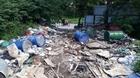 Hiện tượng đổ trộm chất thải trên đại lộ Thăng Long