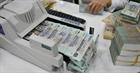 NHNN cấm ép khách hàng vay vốn mua bảo hiểm
