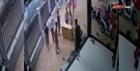 Điều tra vụ nhóm người xông vào nhà dân đánh người
