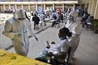 WHO quan ngại làn sóng lây nhiễm COVID-19 gia tăng tại Nam Phi