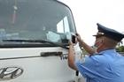 Xử lý nghiêm xe sử dụng thẻ giả qua chốt kiểm dịch