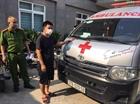 Dùng xe cứu thương chở người trái phép từ Nghệ An ra Hà Nội
