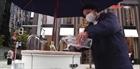 Thiết bị rửa tay, khử trùng công nghệ cao tại Nhật Bản