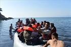 Cứu người di cư bị chìm thuyền ngoài khơi Thổ Nhĩ Kỳ